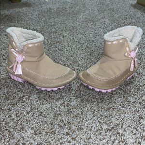 Croc tan fleece lined boots